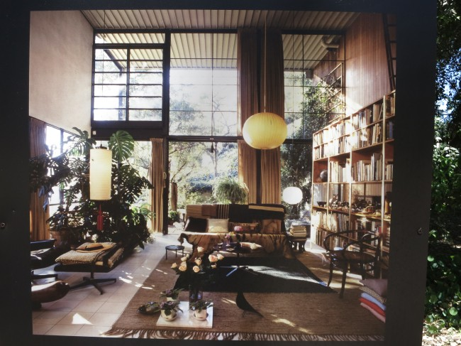 Eames_House_Interior.jpg